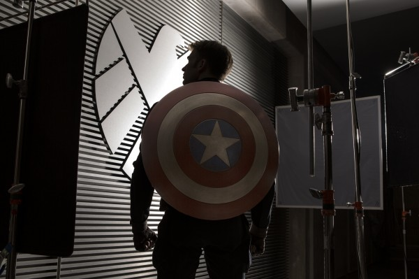 captain-america-2-winter-soldier-chris-evans-600x399