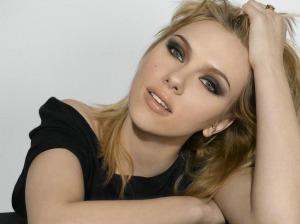 Gorgeous-Model-Scarlett-Johansson