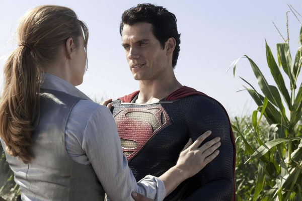Man-of-Steel-Amy-Adams-and-Henry-Cavill