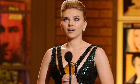 Scarlett-Johansson---Tony-006