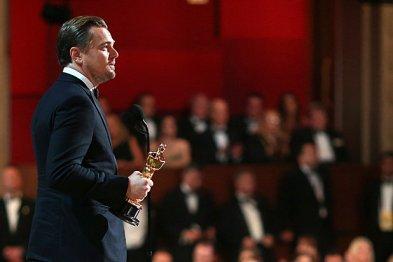 Leonardo-DiCaprio-Oscars-Profile-Shot